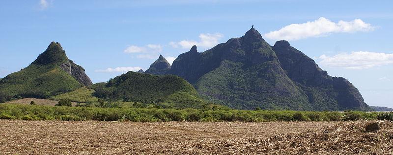 La chaîne de montagnes dont le Pieter both