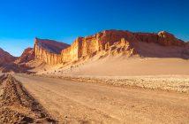 Partez en voyage dans le désert de l'Atacama jusqu'au Salar d'Uyuni.