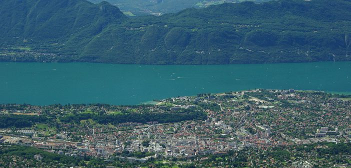 Aix-les-Bains : station balnéaire et thermale entre lac et montagne